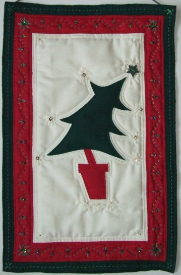 Folksy Festive Christmas Hanging