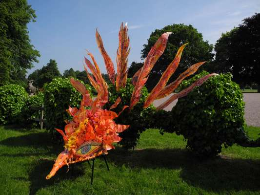 Carnival Phoenix Willow and Recycled Plastic